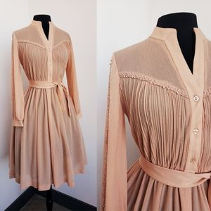 Vintage Peach dress with belt